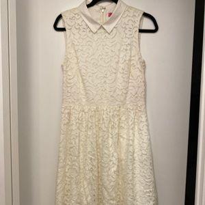 Betsy Johnson women dress white color size 8